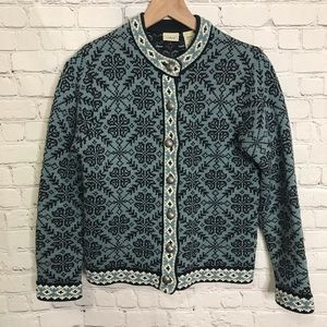 L.L. Bean button up cotton patterned blue sweater